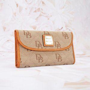 Dooney & Bourke Designer Bi-Fold Wallet Organizer